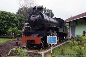 Kereta C 2728
