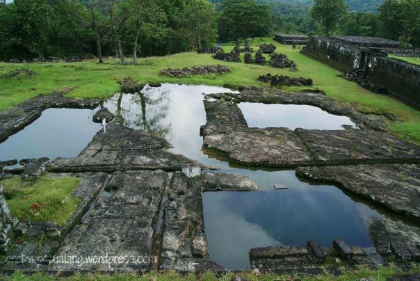Keputren Kolam Pemandian Istana Ratu Boko