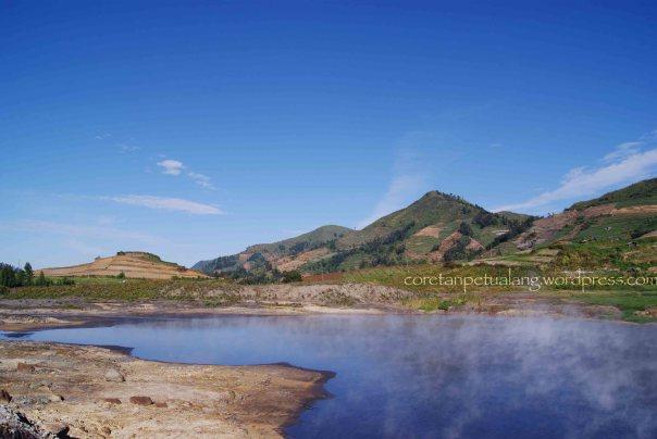 Kawah Sileri Dieng Plateau