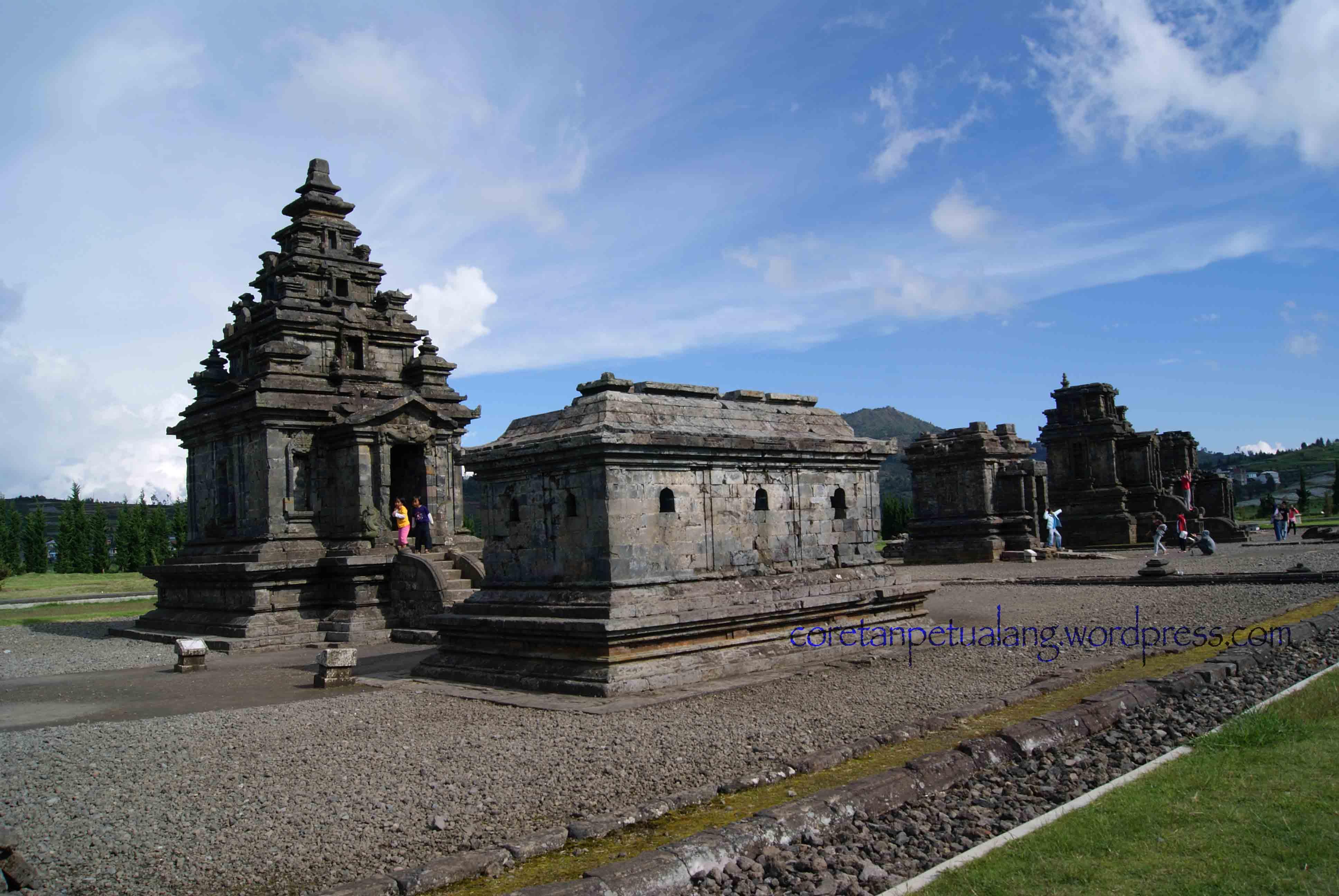 Candi Arjuna - Wisata Dieng, Jawa Tengah - Islamia Travel