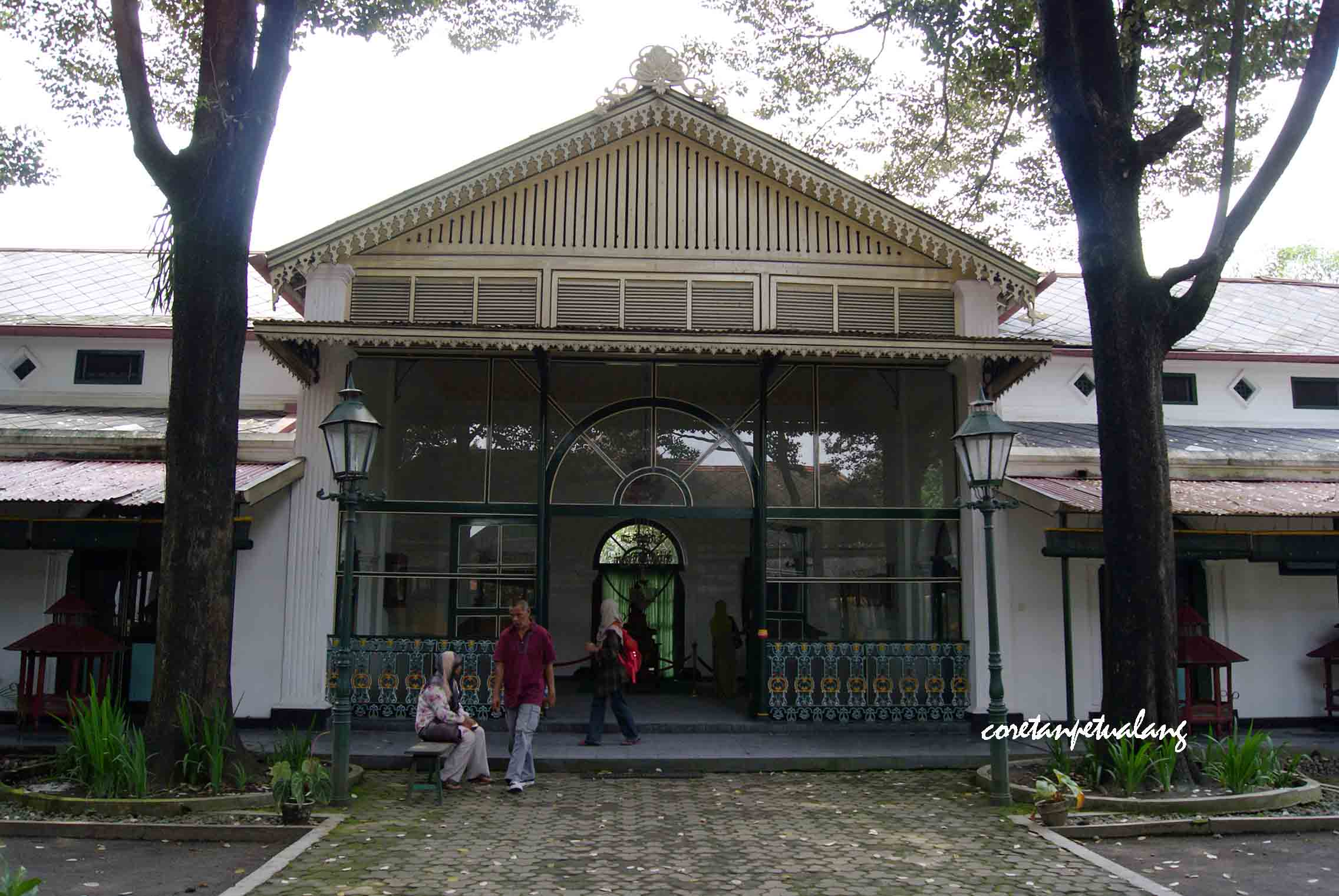 Keraton Yogyakarta Istana Budaya Dan Keindahan Jawa Coretanpetualang S Blog
