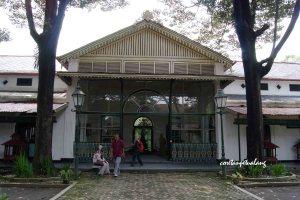 Keraton Jogjakarta Museum Budaya Jawa