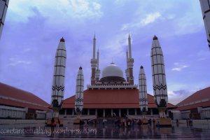 Masjid Agung Jawa Tengah Masjid dari Depan