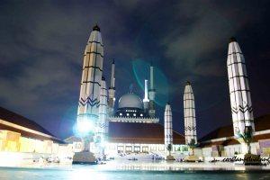 Masjid Agung Jawa Tengah Malam hari