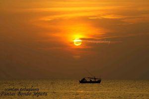 Sunset di Pantai Indah Bondo