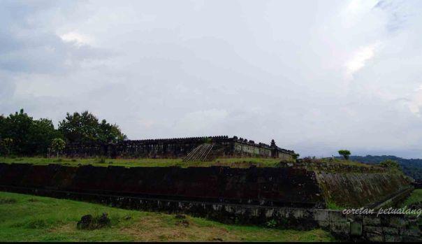 Pelataran Istana Boko