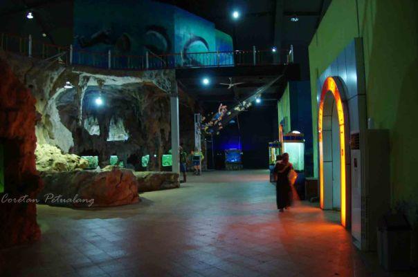 Pantai Kartini Bagian Dalam Aquarium Kura-Kura